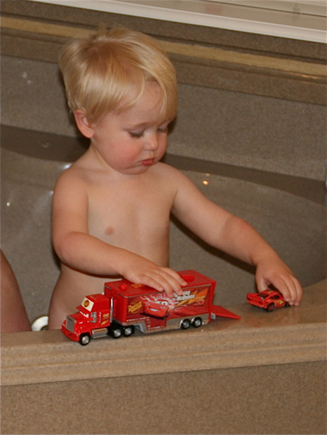 Smith Family Blog: Bath, Toddler Bed and Christmas Tour