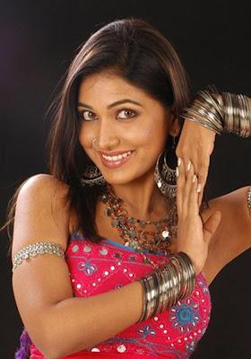 masala mallu hot actress priyamohan hot stills