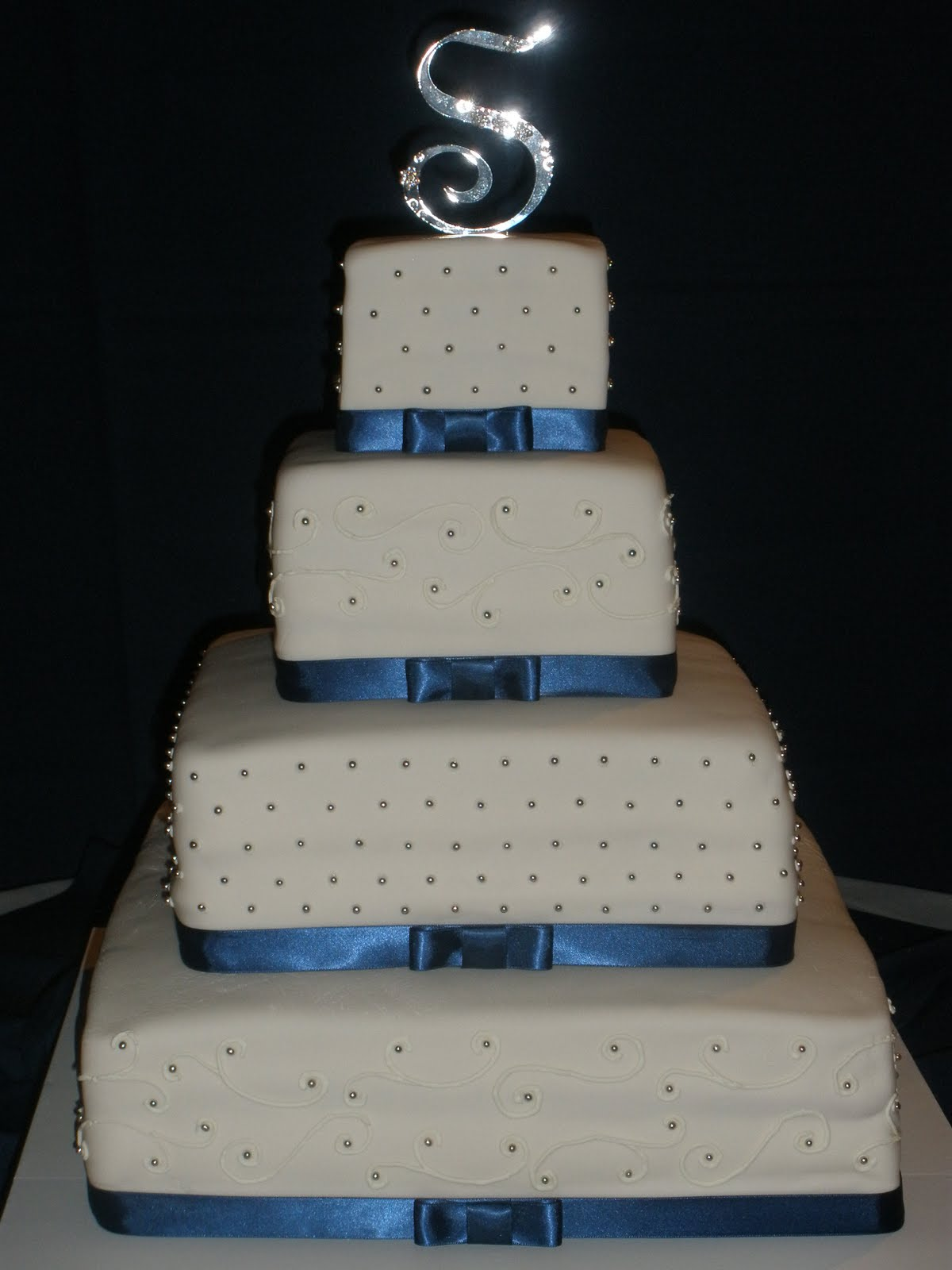 Remarkable Blue and Silver Wedding Cakes 1200 x 1600 · 105 kB · jpeg