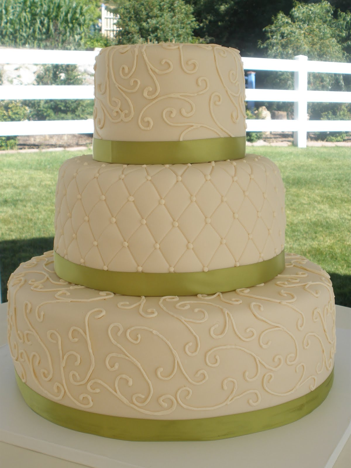 It s a piece of cake Ivory and green wedding cake
