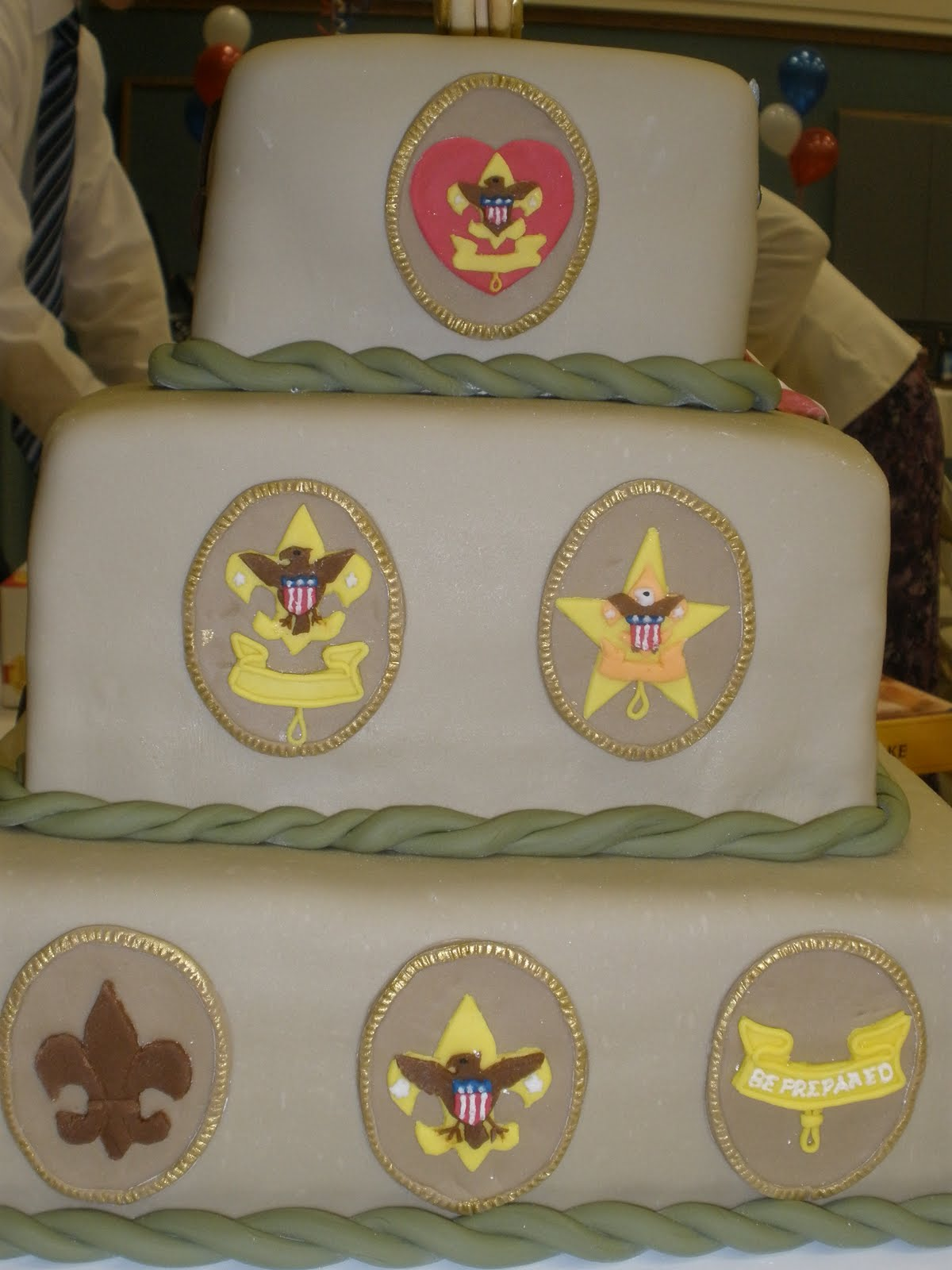 Cake Decorating Honor Pathfinders : It s a piece of cake: Eagle Scout Court of Honor Cake