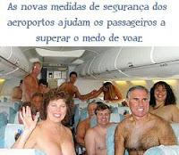 nudismo no avião