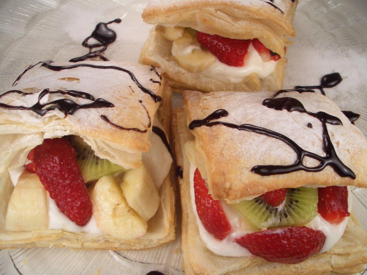 Meyveli milföy pasta tarifi(resimli)