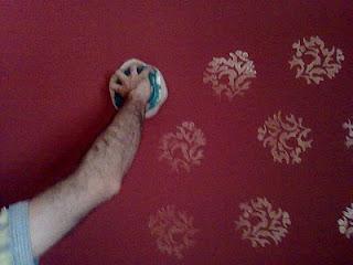 طرق تعتيق الجدران بطريقة سهلة جداً 8
