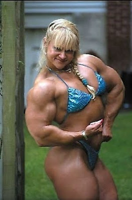 30 Horrifying Female Bodybuilders