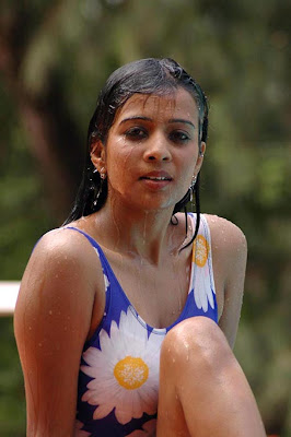 Actress flora hot images in tamilposters.com
