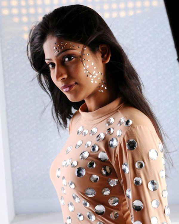 tamil actress vijayalakshmi hot spicy stills in adhe neram adhe idam