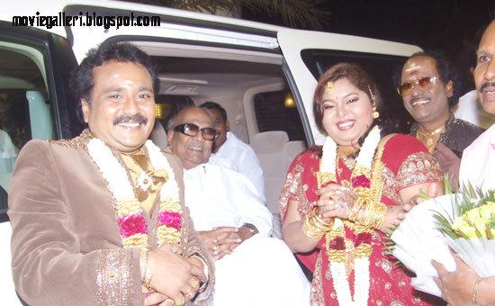 [Tamilnadu-CM-karunanidhi-wishes-Ganesh-Aarthi-wedding-Reception-stills-03.jpg]