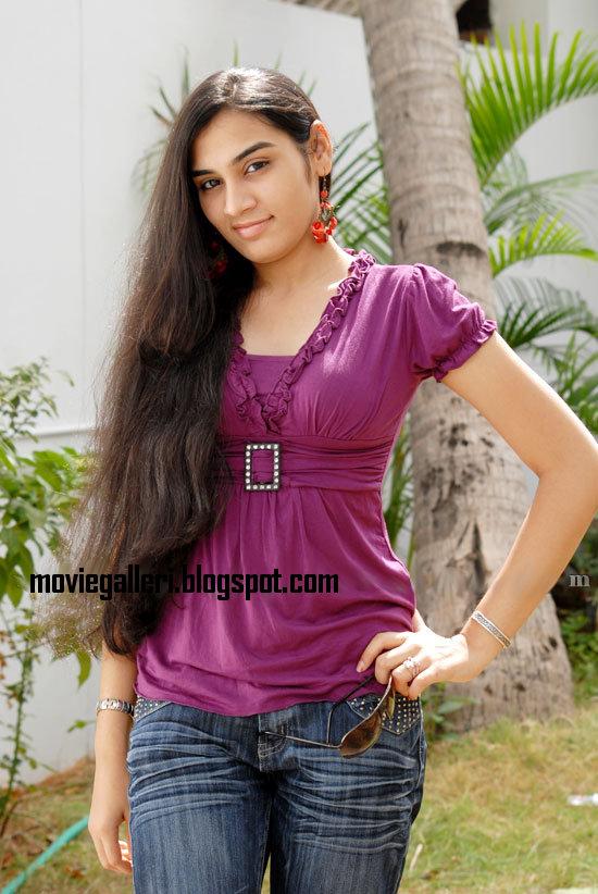 [Siva-Sivaa-tamil-Movie-Actress-Suhani-stills-photo-gallery-02.jpg]