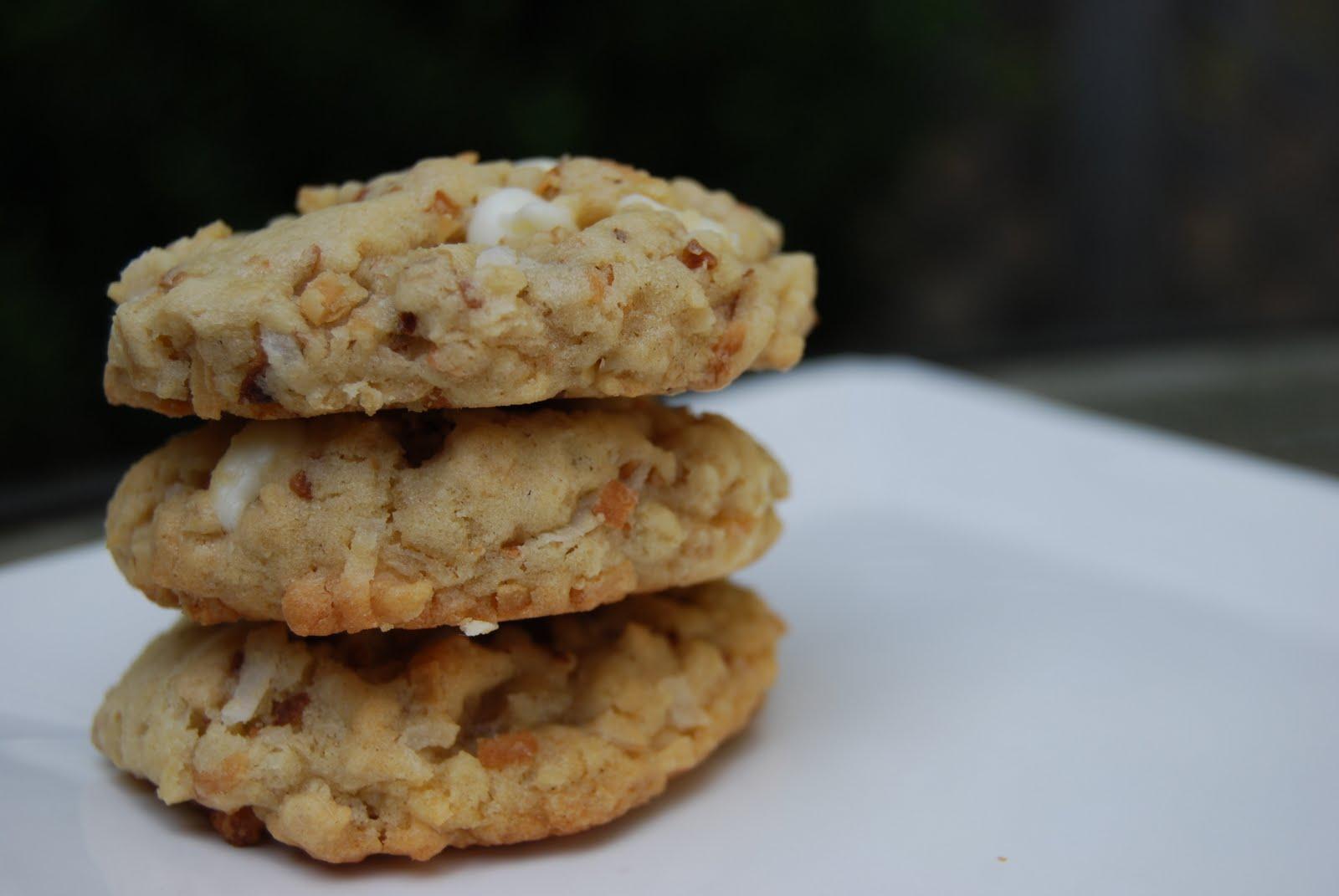 Oatmeal White Chocolate Lime Coconut Cookies - Macaroni and Cheesecake