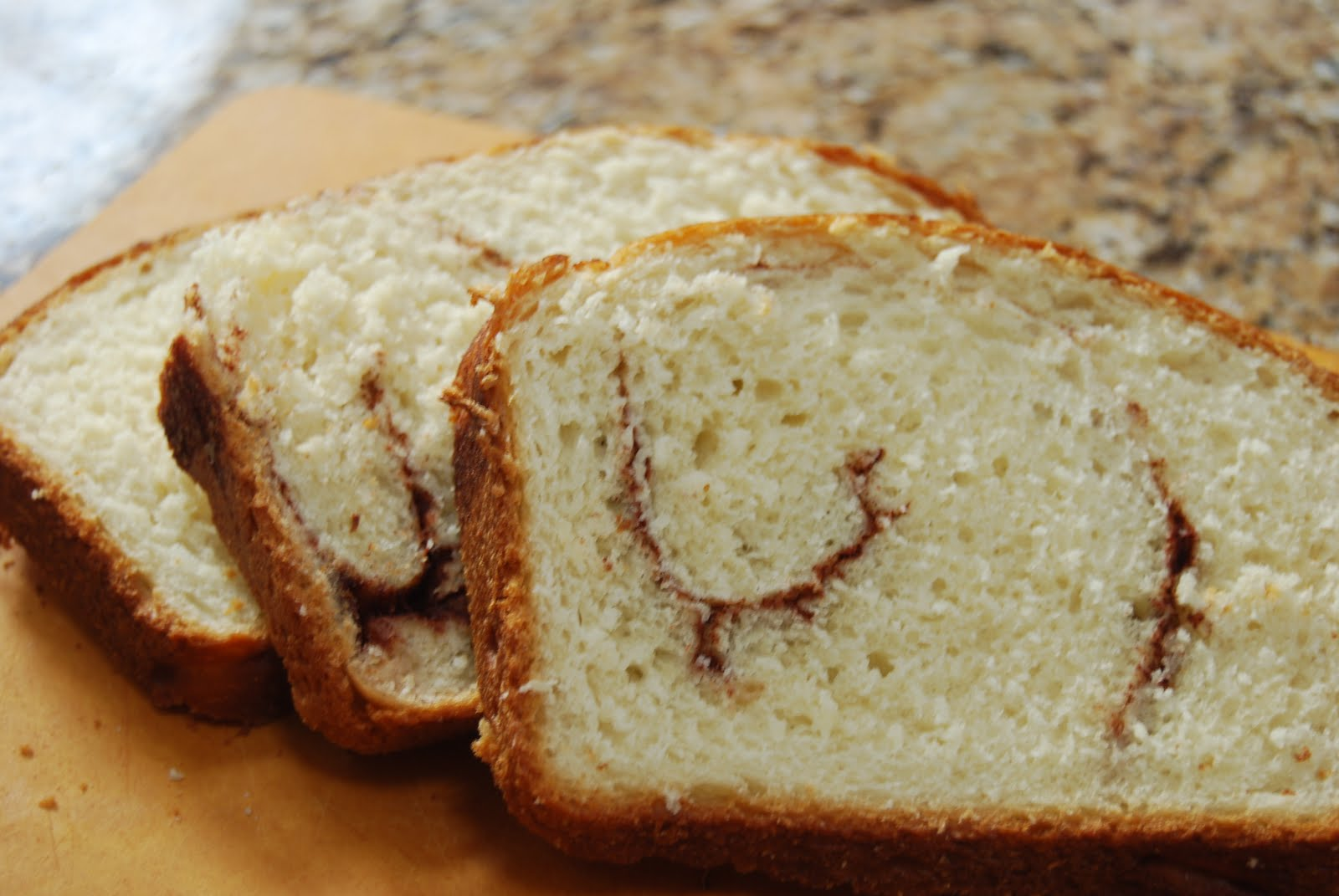 Cinnamon Swirl Bread - Macaroni and Cheesecake