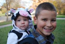 Macy & Matt (Babywearing)
