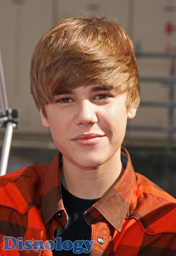 Historia justin y tu for Justin bieber caracteristicas