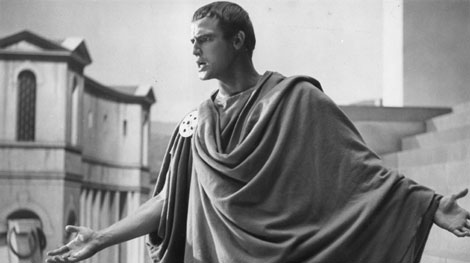 the character of brutus and cassius in the play julius caesar by william shakespeare Julius caesar- honor of brutus   the play julius caesar, by william shakespeare,  dominant and noble character, while cassius is the more perceptive,.