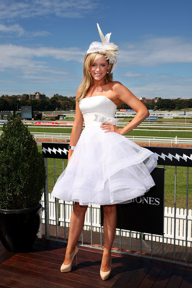 Boutique Mix Fashion: Sophie Falkiner is bridal chic at Australian Derby Day ...