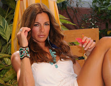 Buy Kelly Bensimon's bracelet and necklace