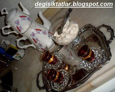 Çay Saati:Portakallı Kurabiye Ve Kıymalı Açma Börek