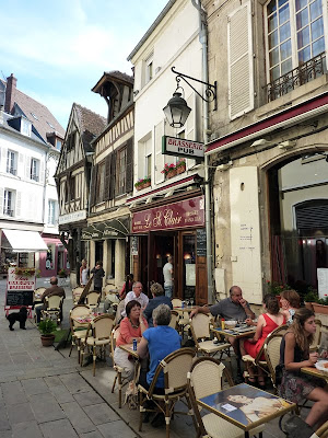 Restaurants and Bistros at Compiègne