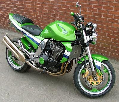 Kawasaki Z1000 Custom. Kawasaki z1000
