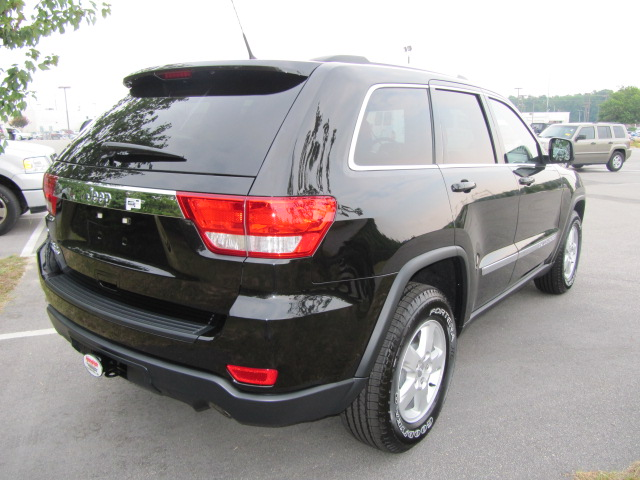 hendrick chrysler jeep 2011 jeep grand cherokee. Cars Review. Best American Auto & Cars Review