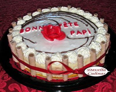 Gâteau mille-feuilles à la Davella / Tort cremsnit fondant
