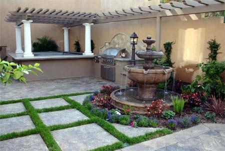 disain kolam kecil di taman depan rumah