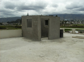 Casa en izamba for Gradas de casas