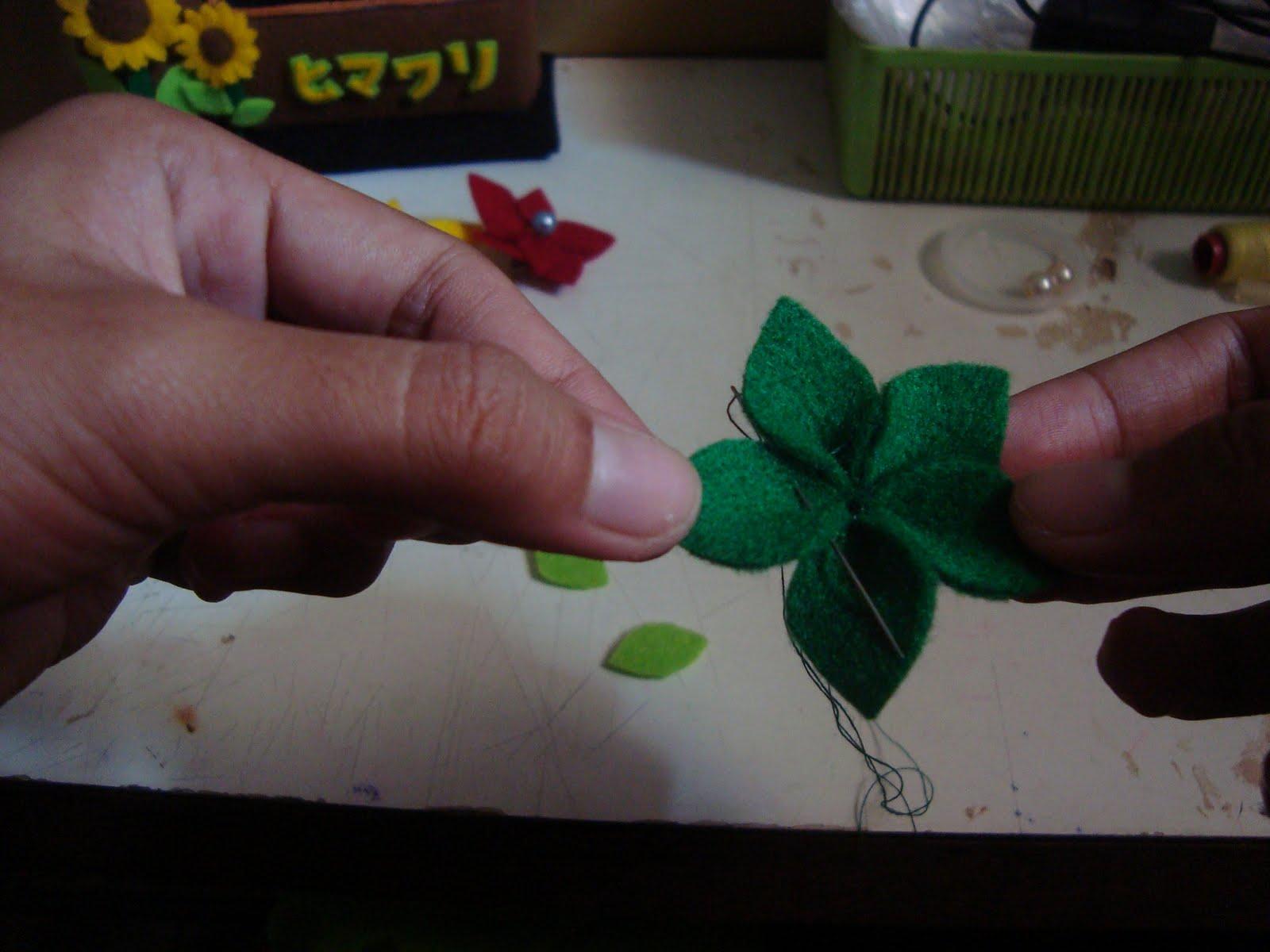 hingga membentuk bunga yang cantik seperti ini