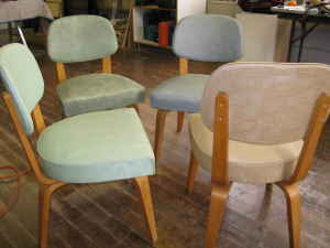 Mid Century Thonet Side Chairs (4)   $200 (Medford) Http://boston.craigslist .org/gbs/fuo/1089204648.html