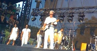 byrnecrop David Byrne at Austin City Limits