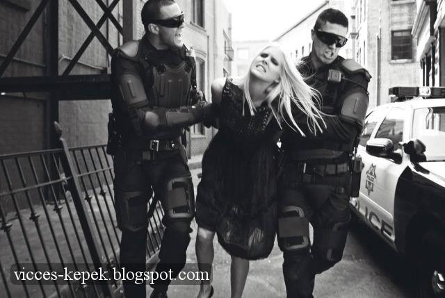Modell csajok rendőrkézen
