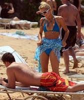 ParisHilton+DougReinhardt+hawaii+bikini+candids-3.jpg