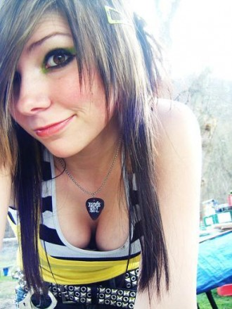 emo hairstyles scene. Emo Scene Haircuts For Girls.1