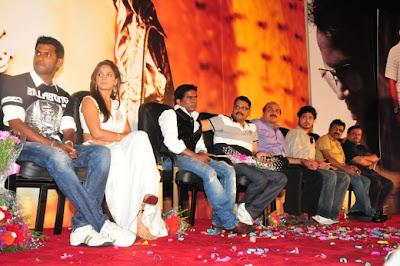 Neetu Chandra at Theeratha Vilayattu Pillai Audio launch
