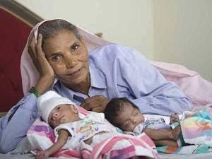 Ibu Berusia 70 Tahun Lahirkan Bayi Kembar
