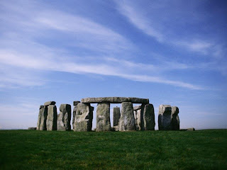 Mysterious Standing Stones of Stonehenge wallpaper pictures pics photo image gallery