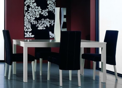 Contemporary Lucido Dining Table