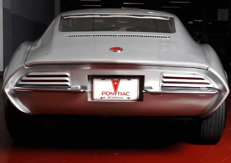 Karznshit 64 Pontiac Banshee Xp 833
