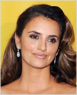 Penelope Cruz Hair, Long Hairstyle 2013, Hairstyle 2013, New Long Hairstyle 2013, Celebrity Long Romance Hairstyles 2279