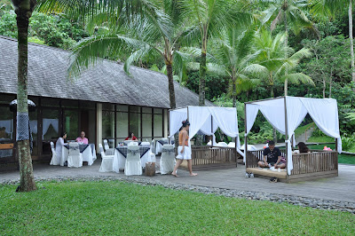 Komaneka Bisma terletak di ujung Jalan Bisma sekitar Jalan Raya Ubud Bali Beaches in Bali: Komaneka at Bisma Ubud Bali