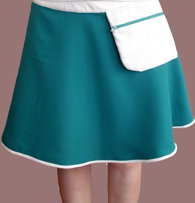 Falda rotonda verde turquesa con bolsillo - Abril 10