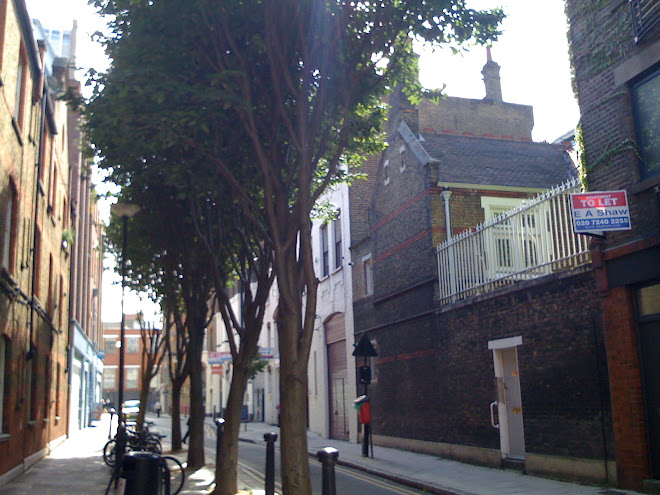 Lewkenor&#39;s Lane/Macklin Street