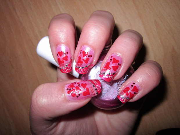 acrylic nail art design closed