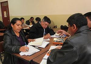 Professores do Equador aprendem a dar aulas seguindo os livros da série 'Harry Potter'