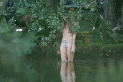 Sienna Miller en cueros