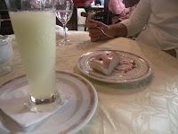 Tarta bavarois avellana y sorbete al vodka