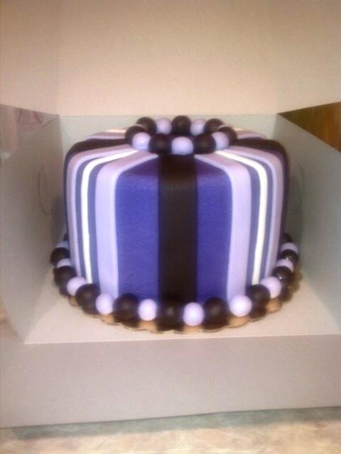 ... ۠Square Wedding Cakes Cake on Pinterest