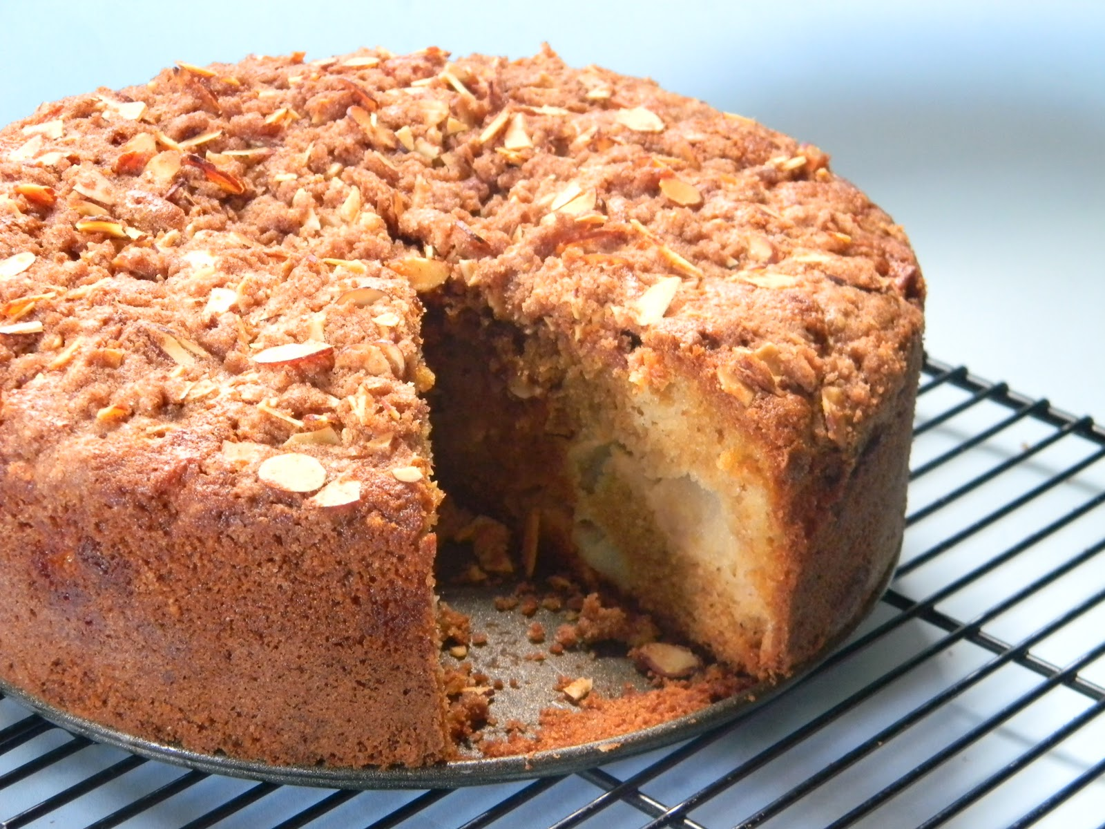 Apple And Almond Crumble Cake Eat Good 4 Life