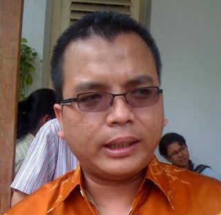Denny Indrayana dan Jerat Cumi-Cumi Birokrasi