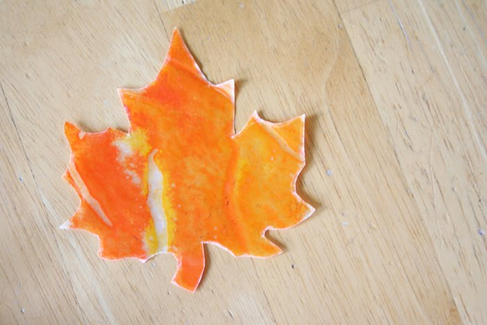 wax paper leaves Dip fresh, colorful autumn leaves into hot wax to preserve their beauty for thanksgiving decor wax-dipped leaves are an inexpensive decoration for holiday budgets.
